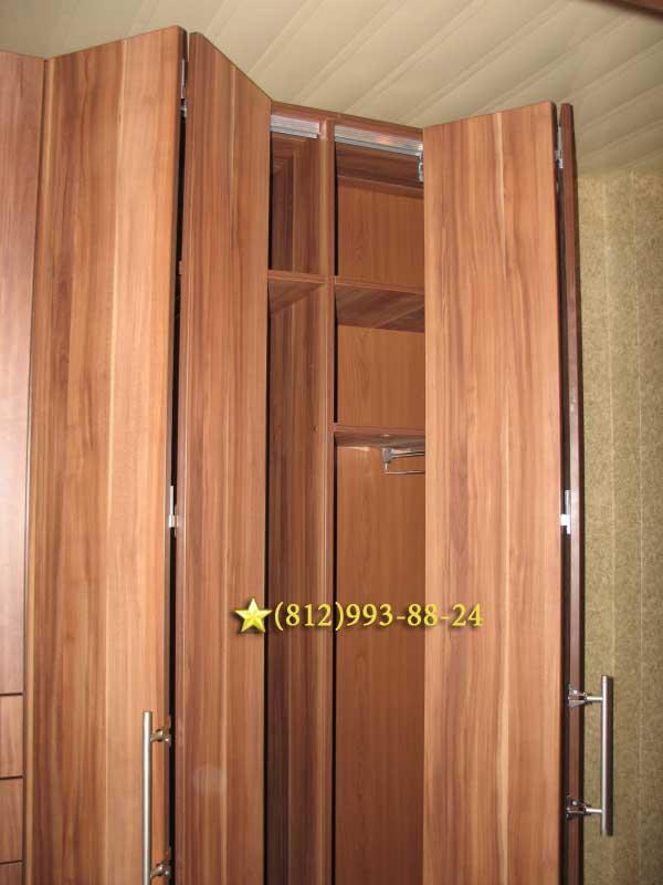 Шкаф гармошка, шкафы со складными дверьми, двери книжкой и г.