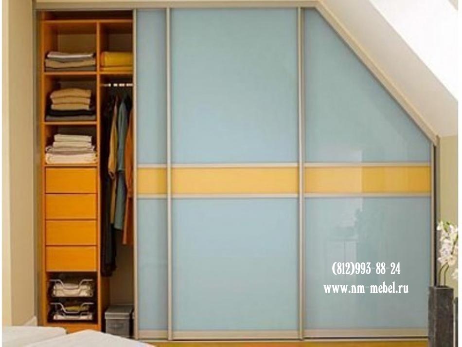 Натяжной потолок и шкаф-купе — встроенный шкаф под поверхностью