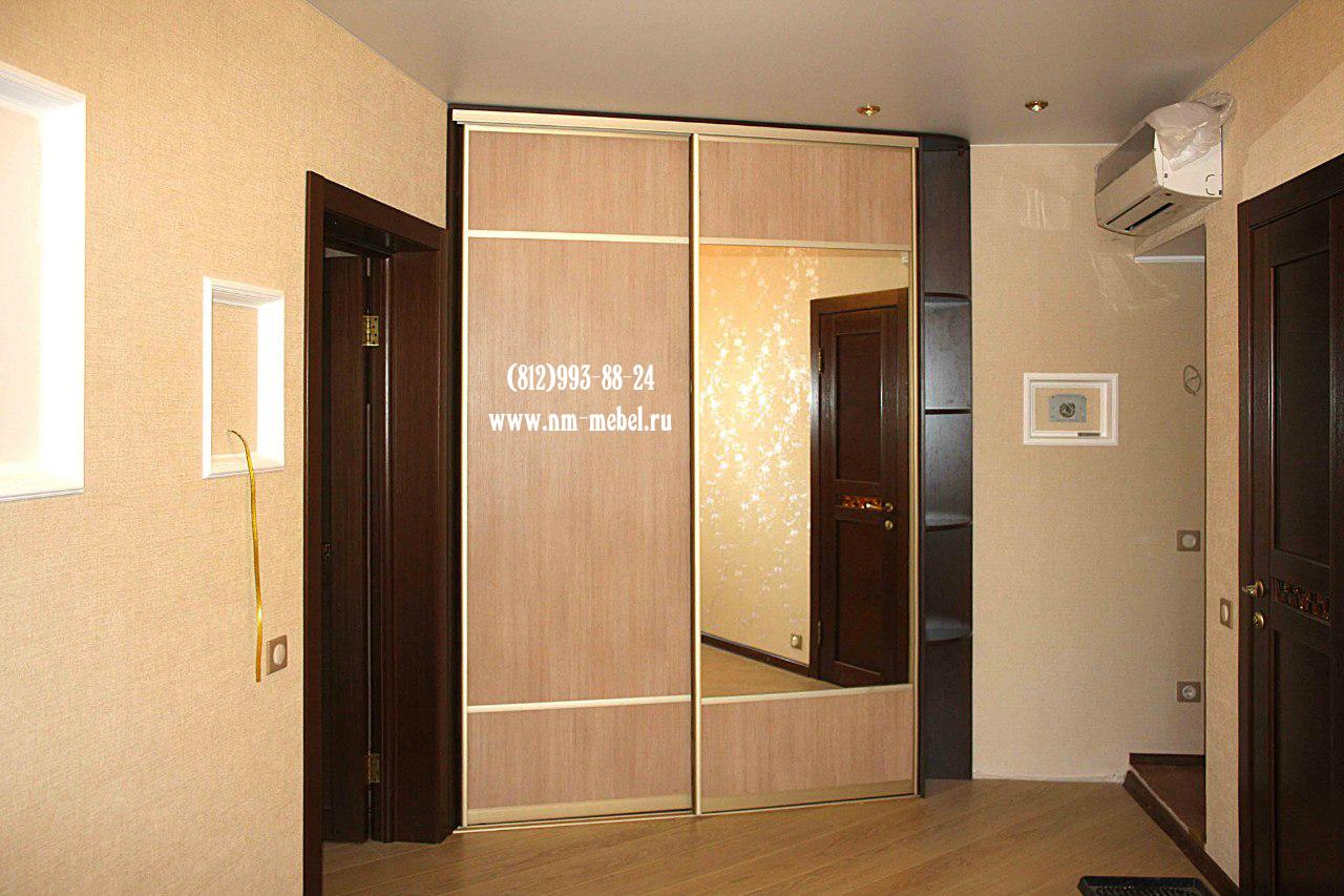 Угловой шкаф в коридор фото