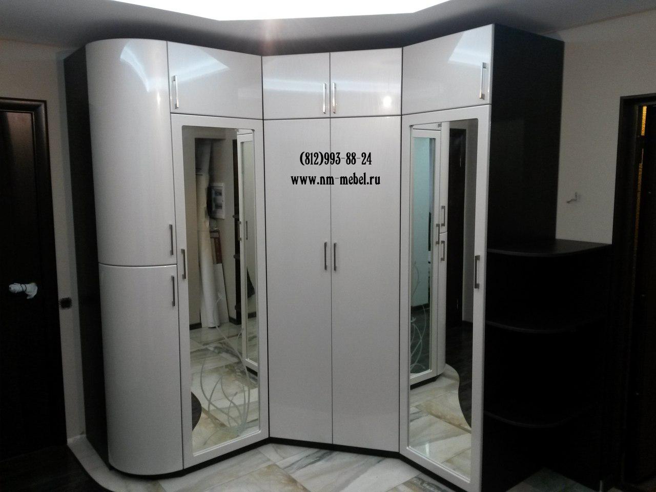 Угловые шкафы в Петербурге. Шкаф угловой в прихожую ... Шифоньер Купе